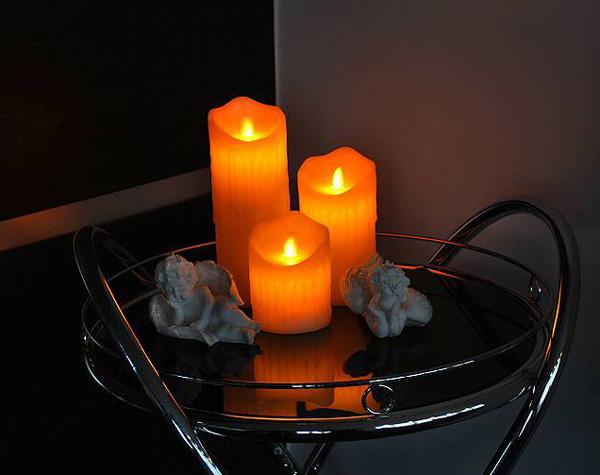 Vosková LED svíčka LTC 15cm