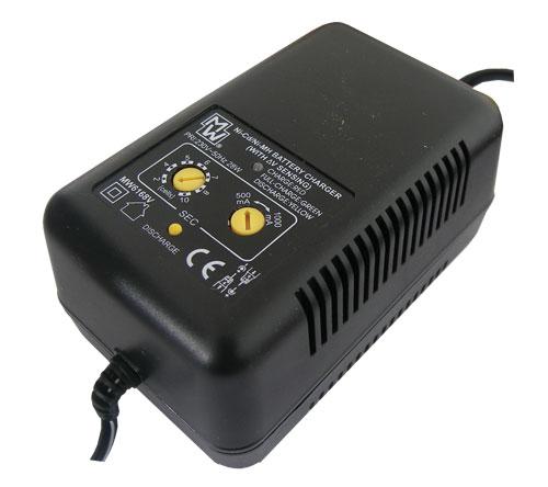 Nabíječka baterií VOLTCRAFT MW6168V Ni-Cd/Ni-Mh (modelář.delta V)