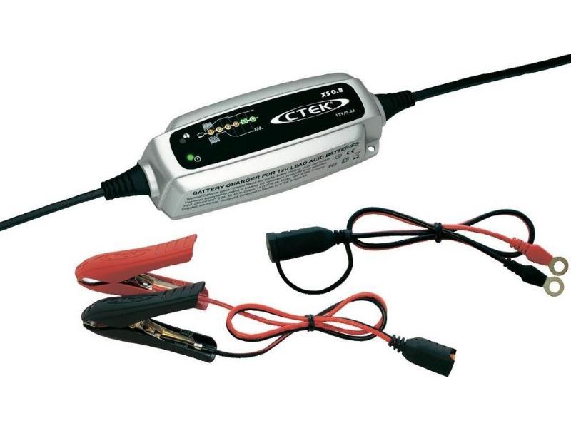 Nabíječka autobaterií CTEK XS 0.8, 12V, 0.8A