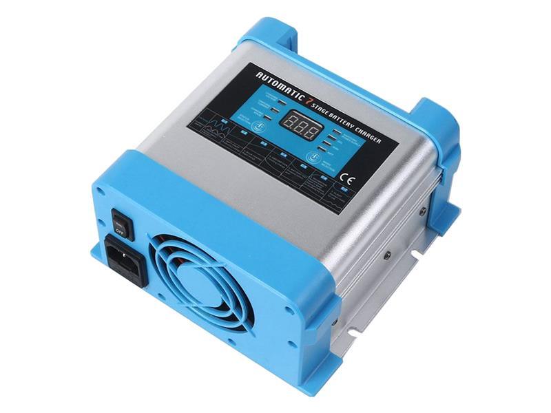 Nabíječka akumulátorů CARSPA EBC1220 12V-20A