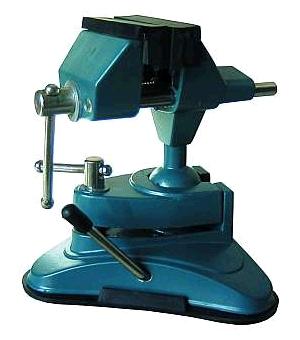 Svěrák kovový s kulovým kloubem a přísavkou (TV-800)