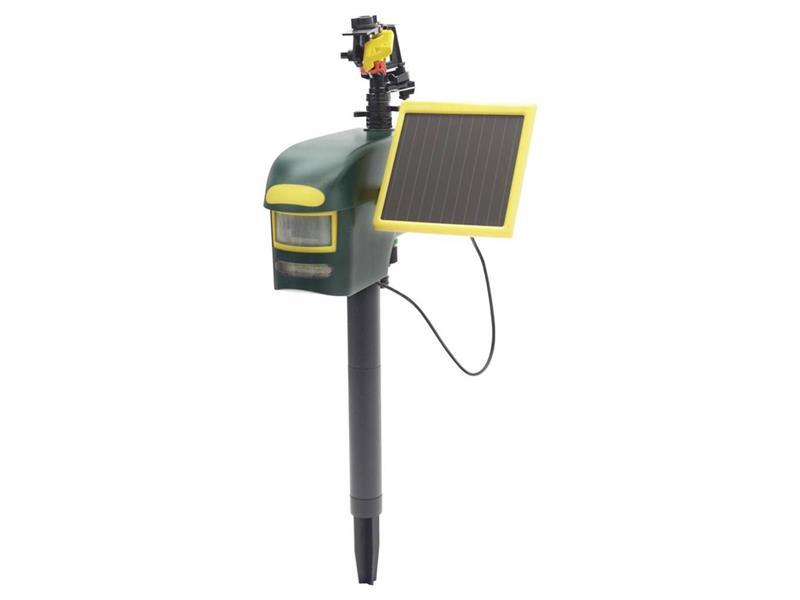 Vodní odpuzovač škůdců se solárním nabíjením a senzorem pohybu Gardigo 60082