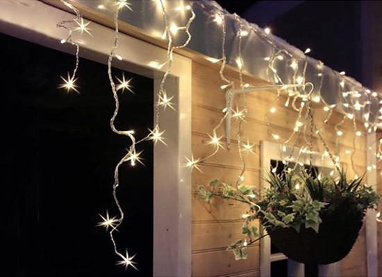 Řetěz vánoční, rampouchy, 120 LED, 3m x 0,7m, přívod 6m, venkovní, teplé bílé světlo SOLIGHT 1V40-WW