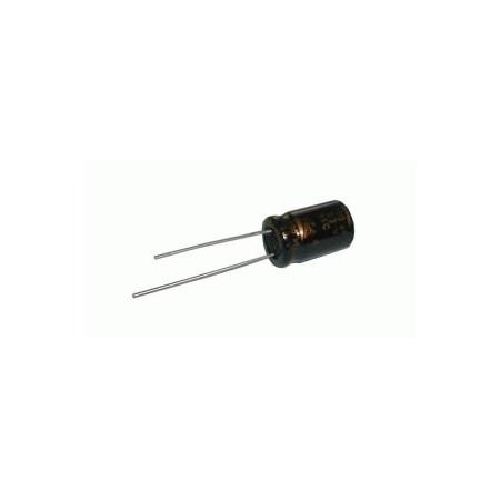 Kondenzátor elektrolytický   1M/250V  6X12-2.5  rad.C
