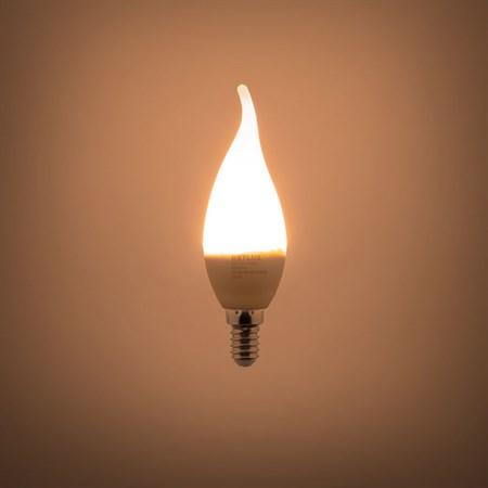 Žárovka LED C35 E14 5W RETLUX RLL 264 teplá bílá