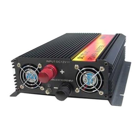 Měnič napětí 12V/230V 1600W CZ + USB  CARSPA