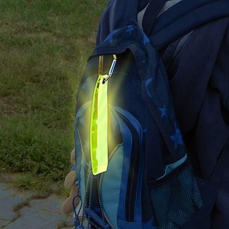 Reflexní přívěšek s karabinou S.O.R. žlutý