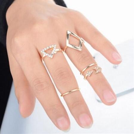Sada prstýnků ANTIC 5ks zlatá barva