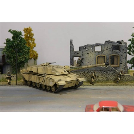RC model TANK BRITISH CHALLENGER 1 DESERT