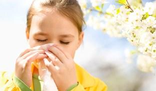 Patříte k lidem, kteří trpí jarními alergiemi? Přinášíme 3+1 radu na úlevu